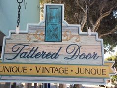 Tattered Door – A Unique Vintage Shop
